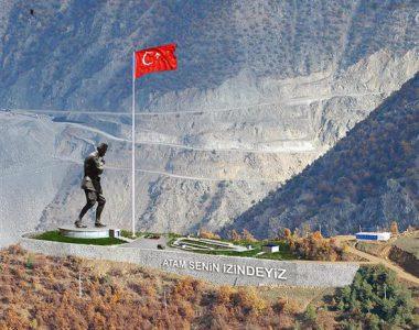 22 metre, 60 ton : Muhteşem Atatürk heykeli